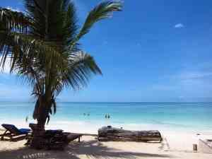 Zanzibar beaches, Tanzania by Annelieke Huijgens