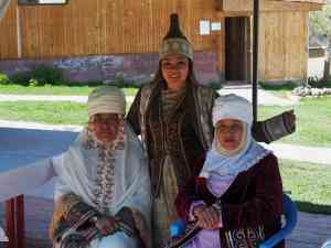 Locals in Almaty, Kazakhstan by Annelieke Huijgens