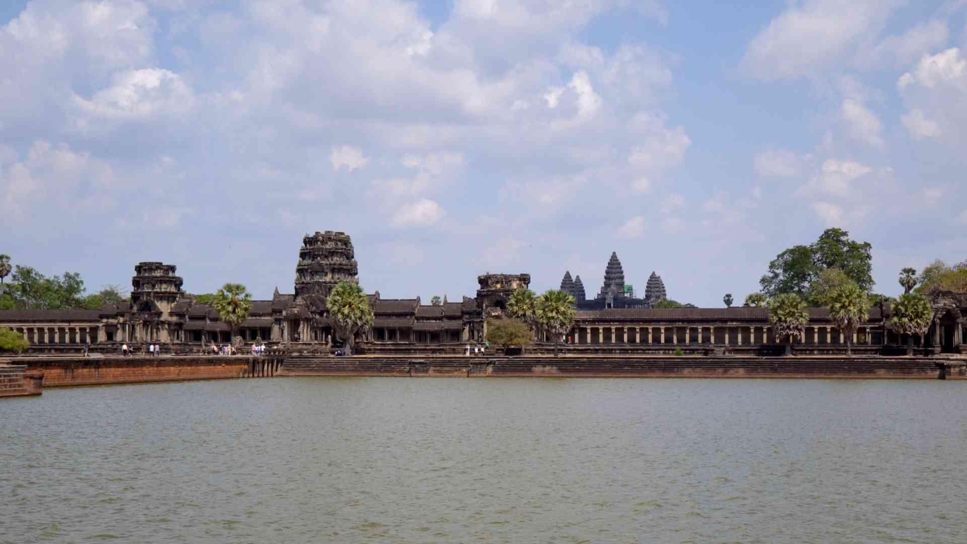 Angkor Wat, Cambodia by Victoria Hearn