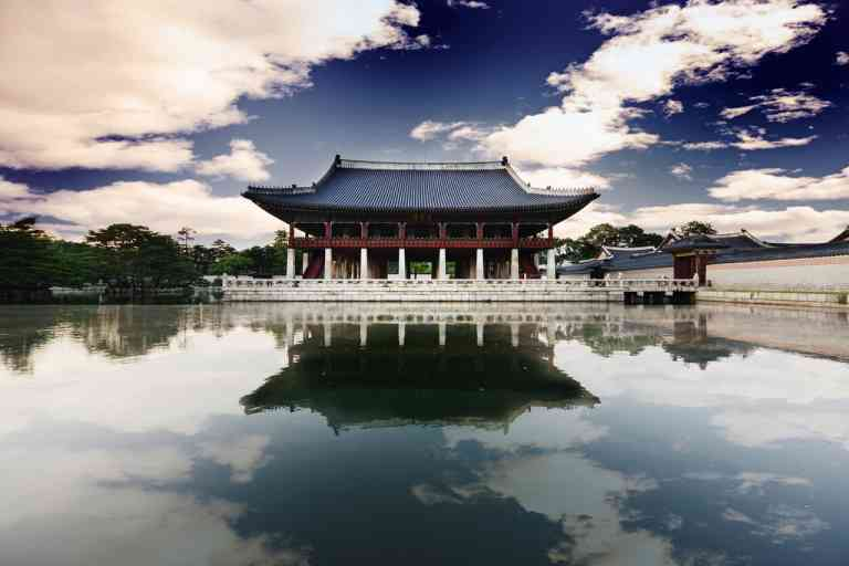 Gyeongbokgung Palace, South Korea by Korea Tourism Organization
