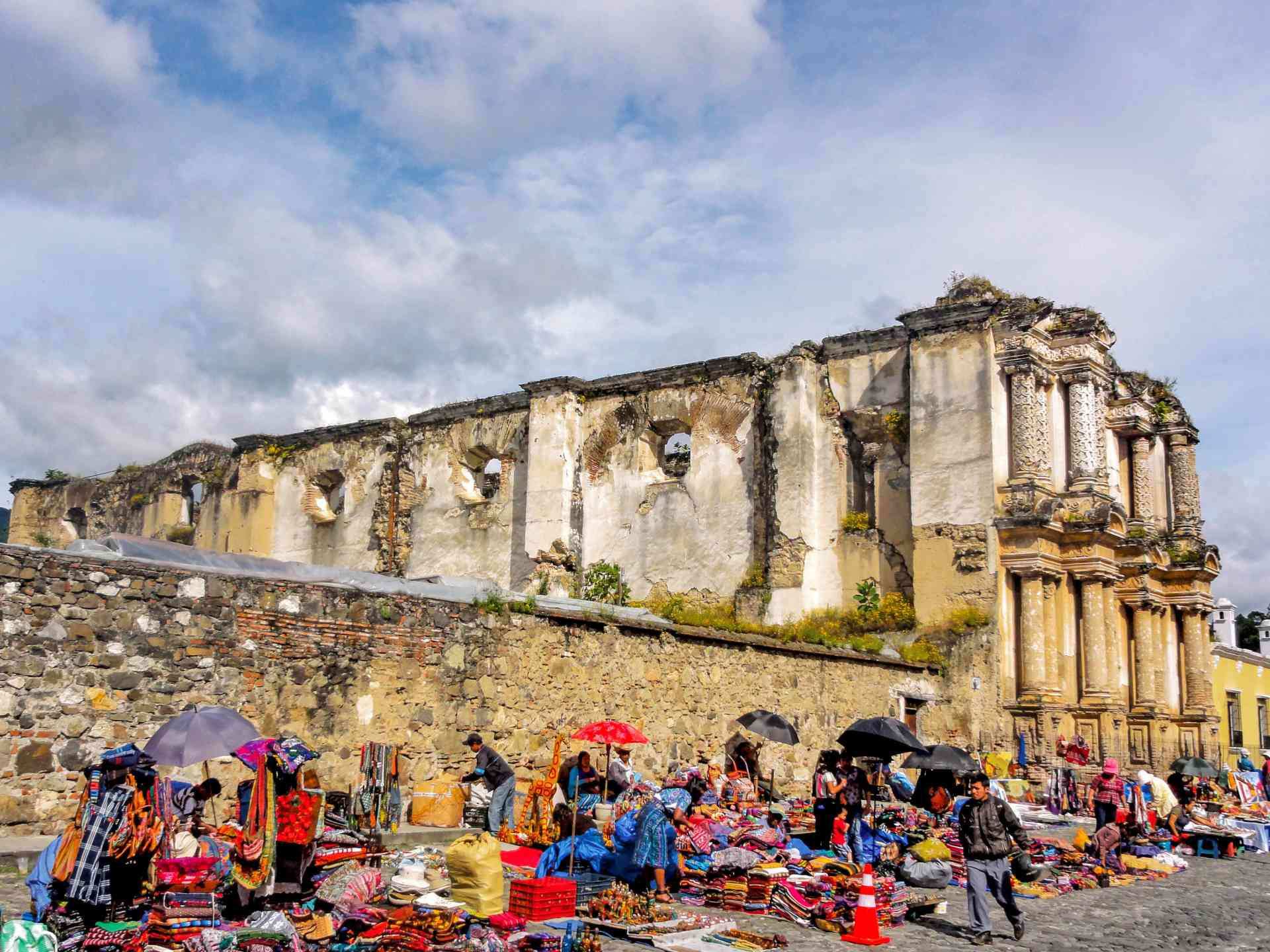 Antigua Markets, Guatemala by Jeremy van Heerde