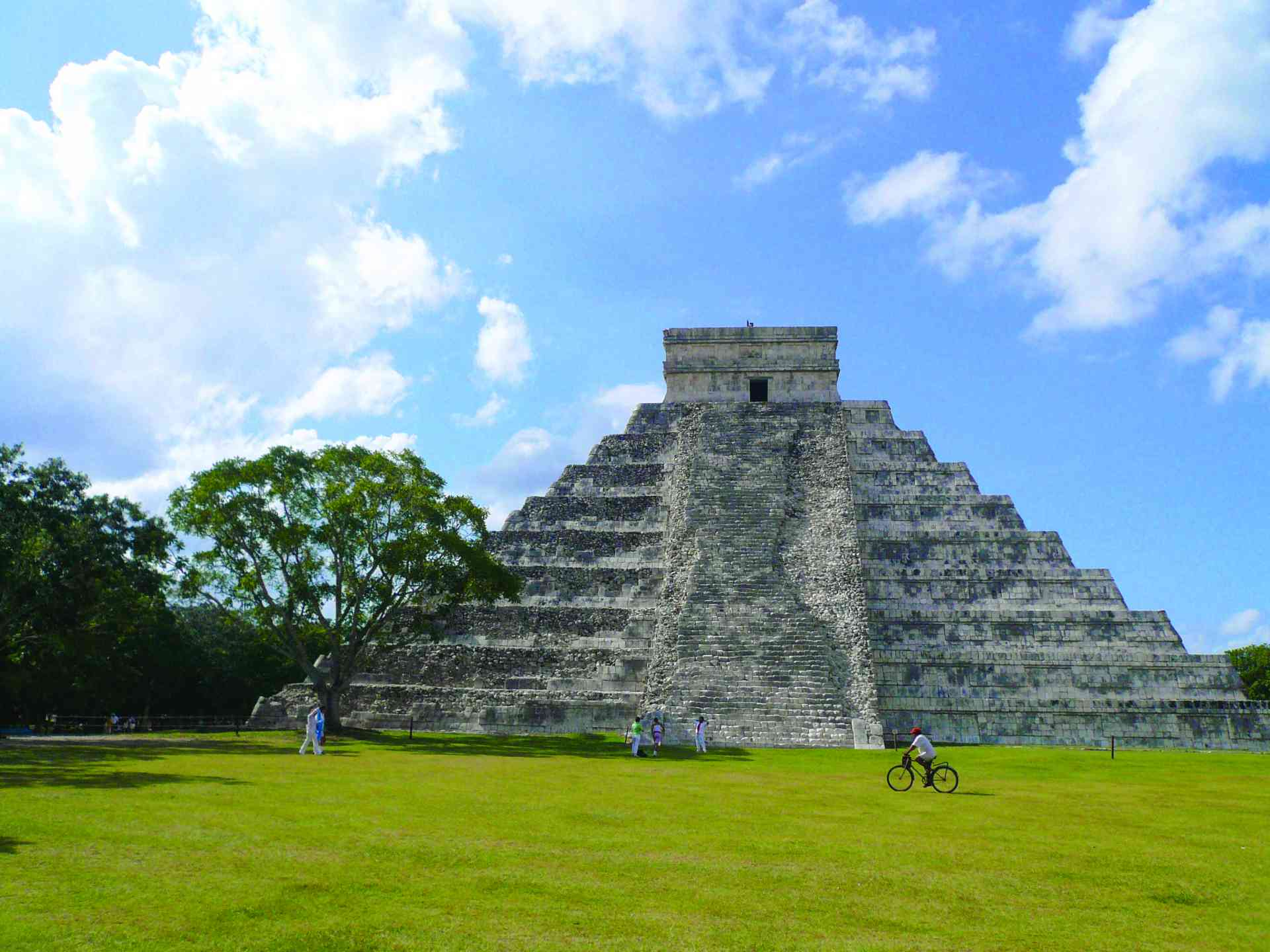 Chichen Itza, Mexico by Marion Bunnik