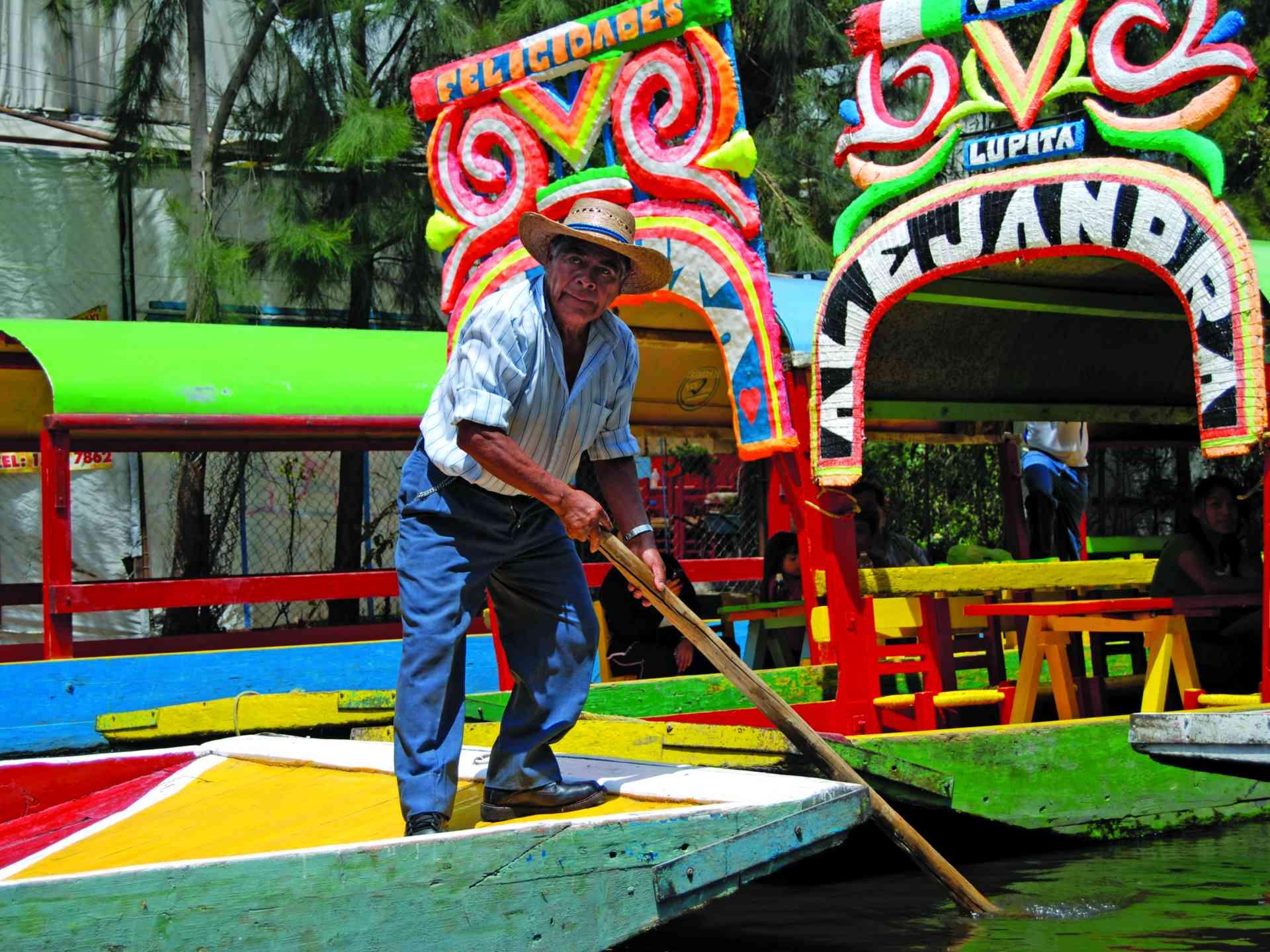 Trajinera in Xochimilco, Mexico