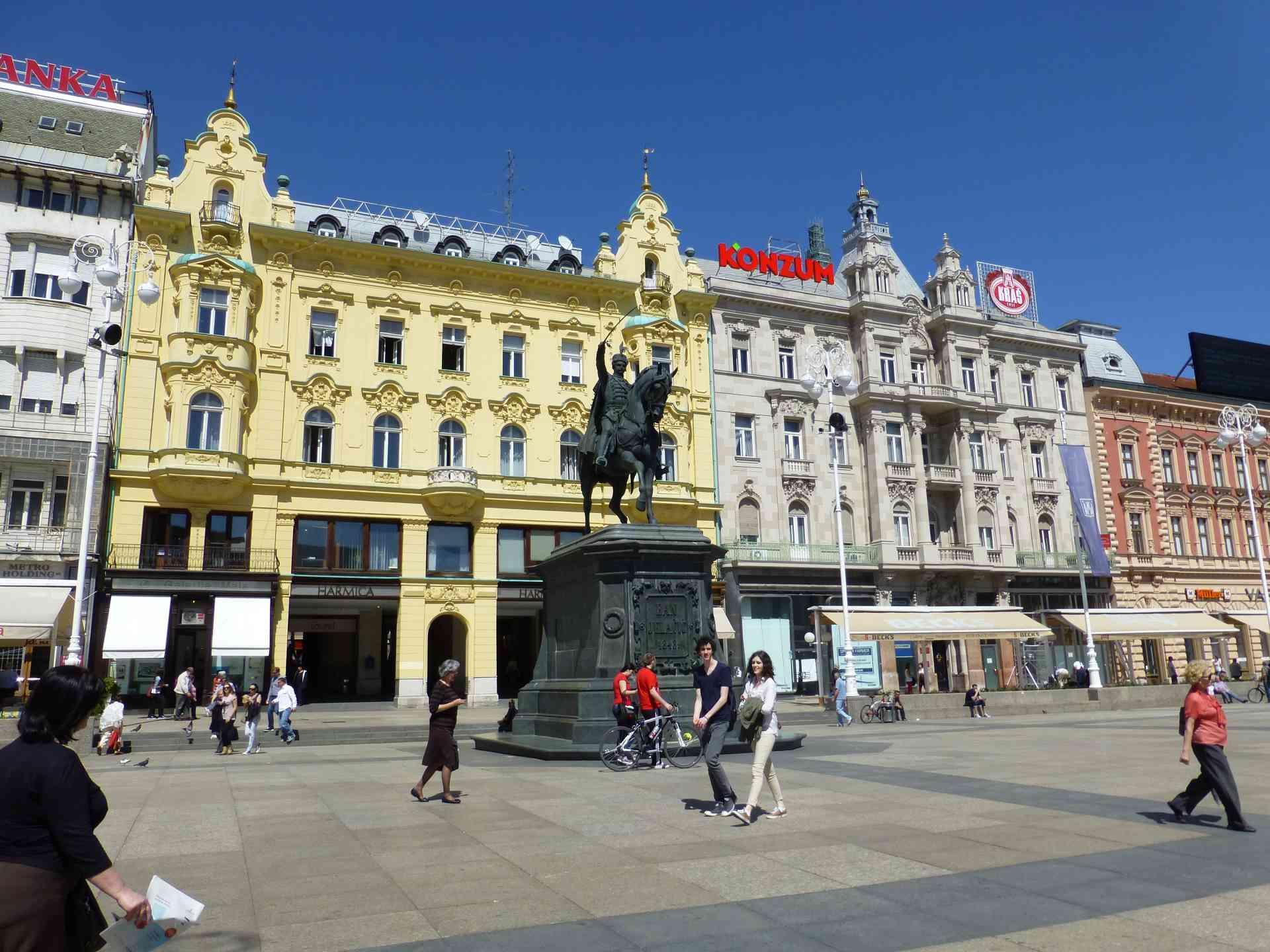 Zagreb, Croatia by Dennis Bunnik