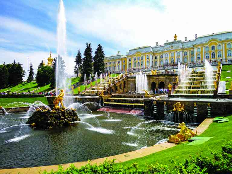 Peterhof Palace, St Petersburg, Russia by Dennis Bunnik