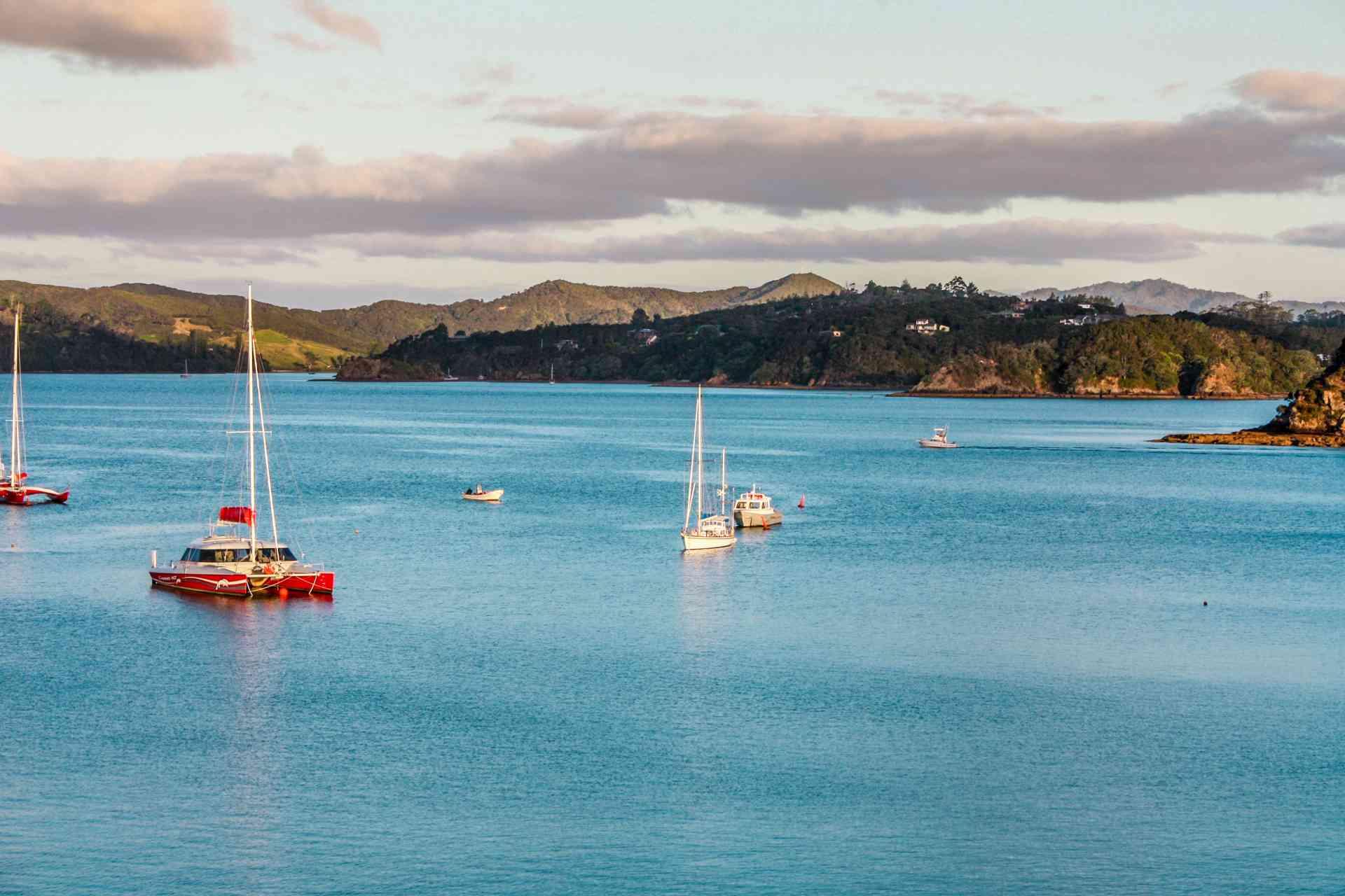 Paihia, New Zealand by Amit Kakroo