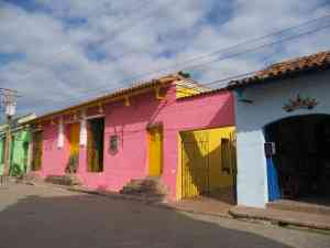 Colourful streets of Trinidad, Cuba by Frank Bunnik