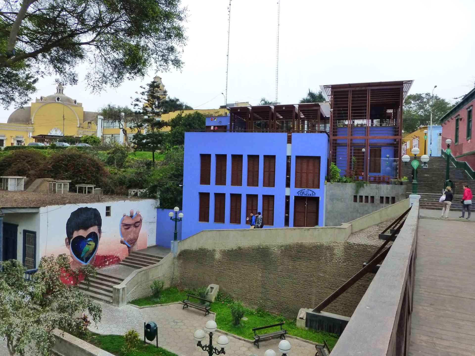 Barranco district, Lima by Marion Bunnik
