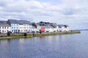 Galway, Ireland by Ruby Doan/Unsplash