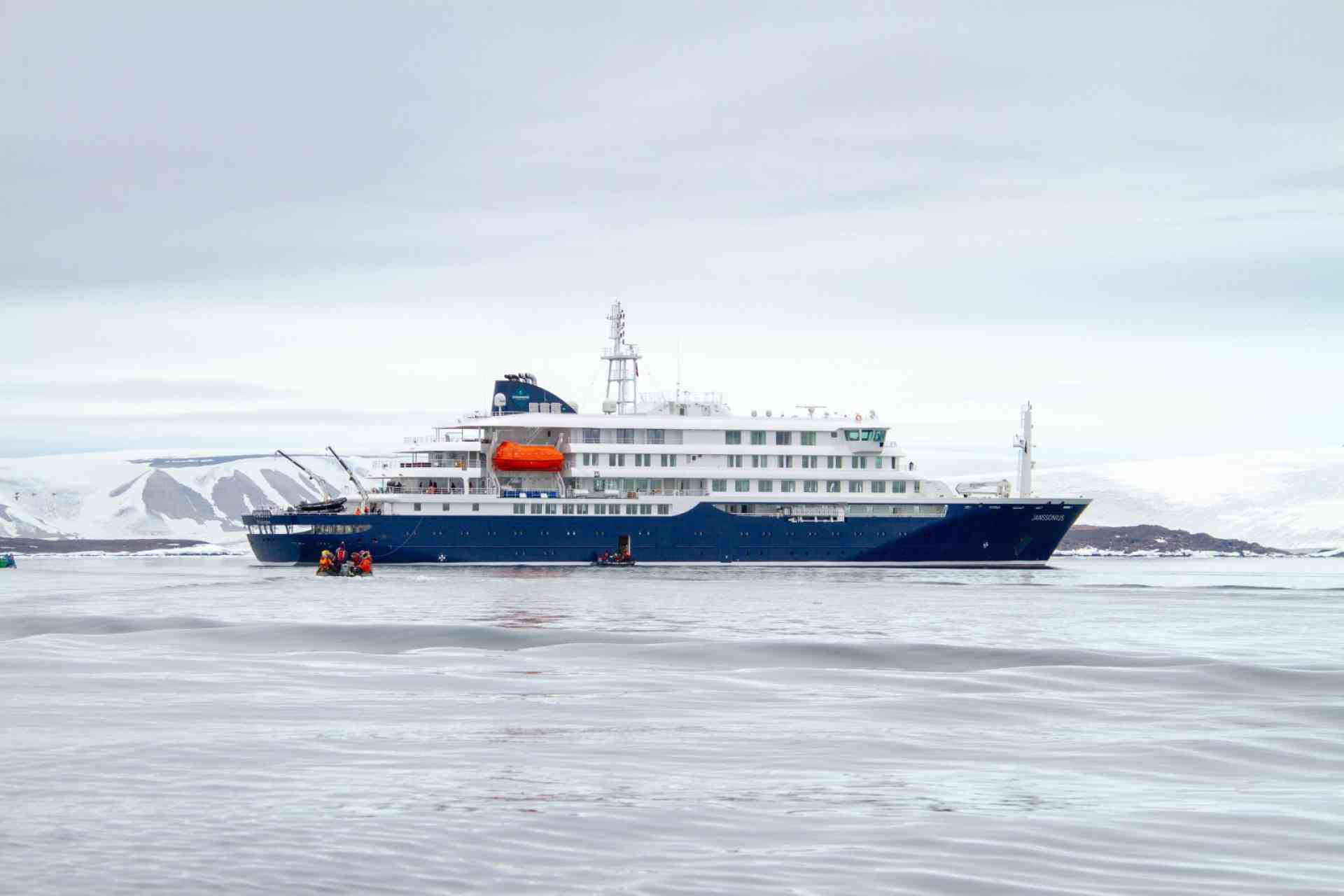Oceanwide Expeditions - m/v Janssonius