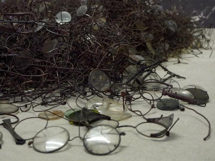 Glasses removed from prisoners, Auschwitz I