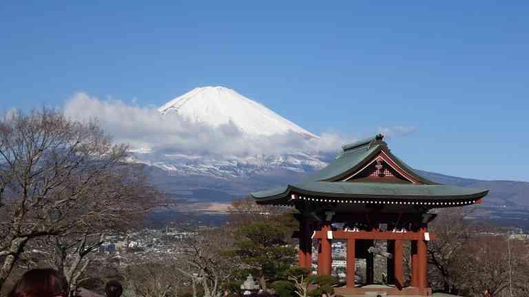 Mt Fuji by Dennis Bunnik