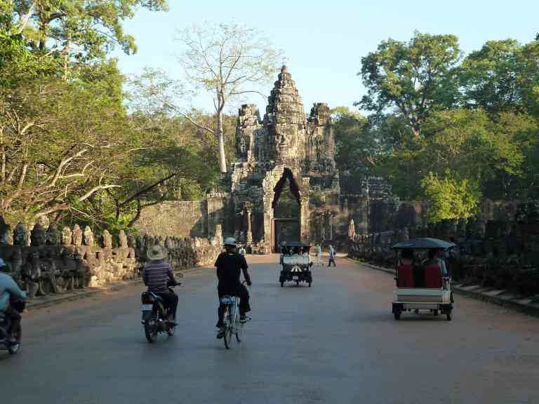 Cambodia by Dennis Bunnik