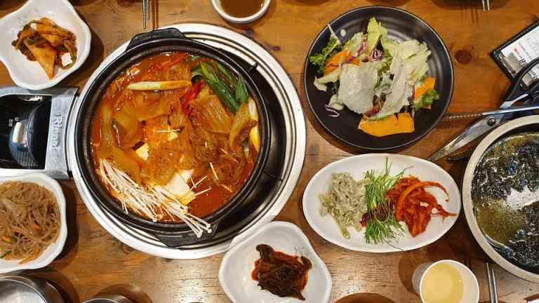 Korean cuisine by @ChoiSeongjae on Pixabay