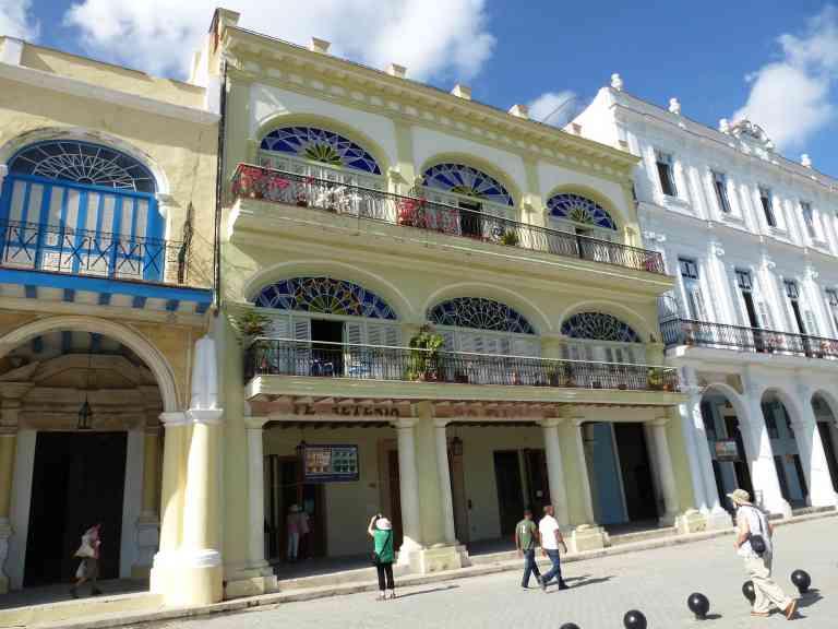 Plaza Vieja, Havana, Cuba by Marion Bunnik