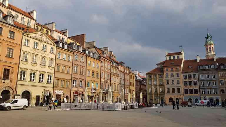 Warsaw, Poland by Dennis Bunnik