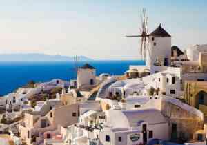 Santorini, a taste of island paradise