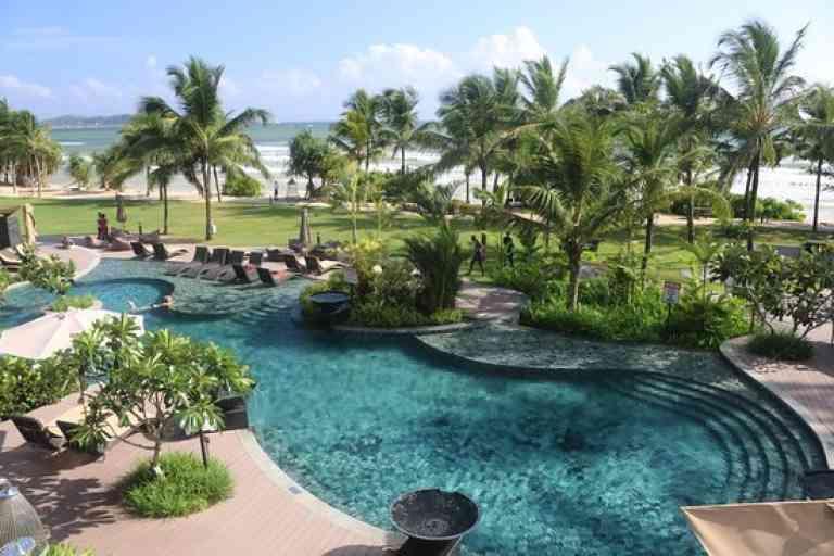 Weligama Bay Marriott Resort & Spa image