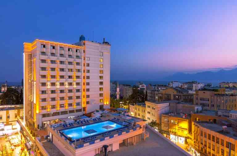 Best Western Plus Khan Hotel image