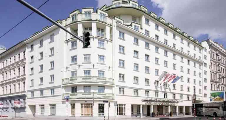 Austria Trend Hotel Ananas image