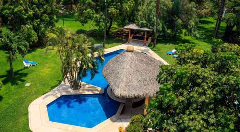 Hotel Calli image