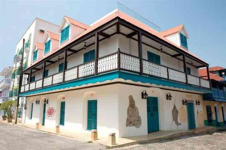 Hotel Isla de Flores image