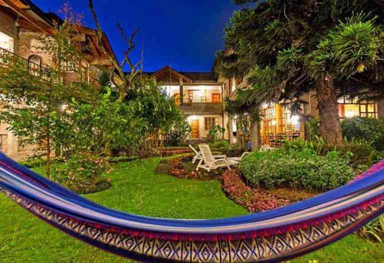 La Floresta Hotel image