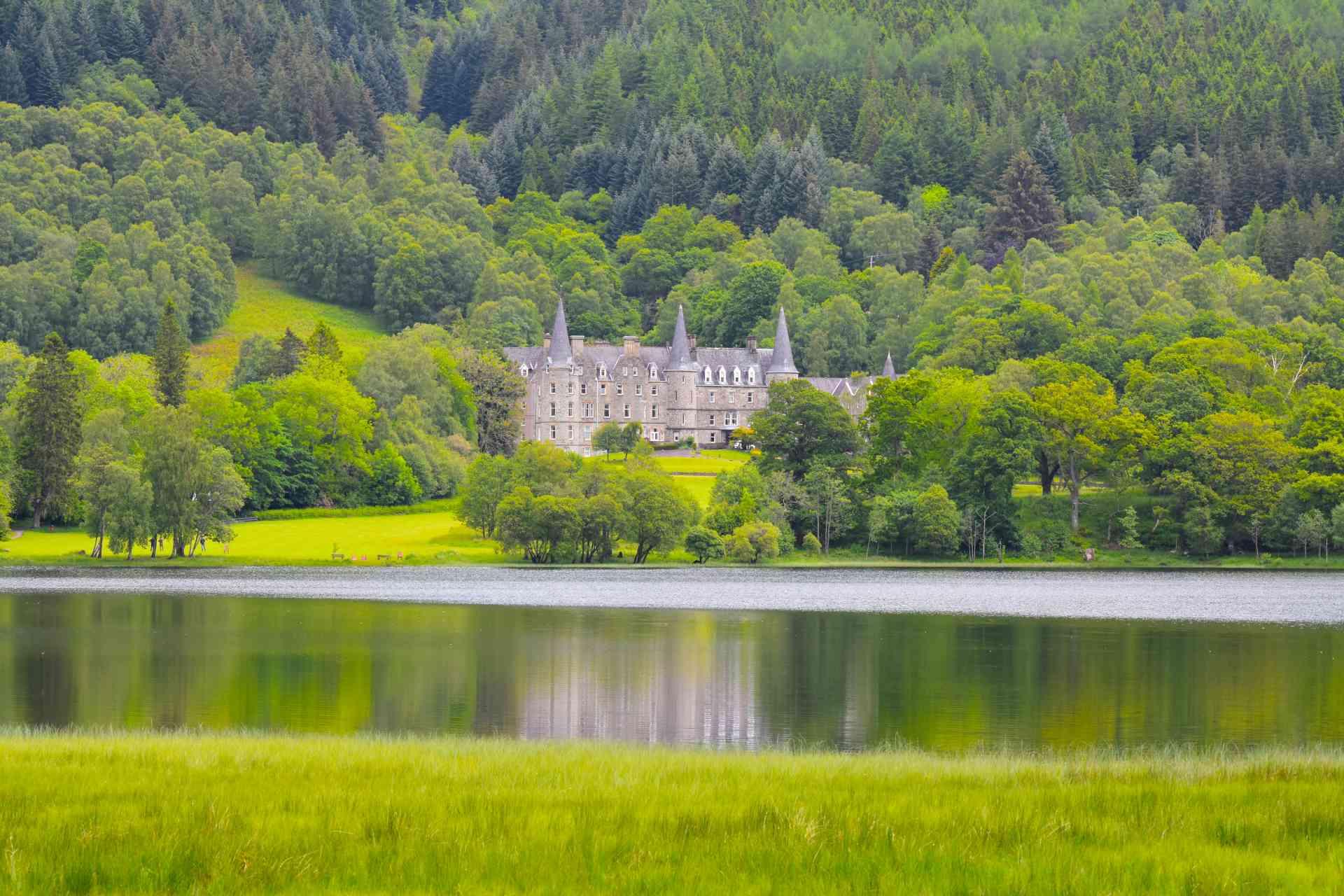 Bonny Lochs & Battlefields