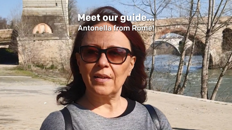 Meet our tour guide... Antonella from Rome!